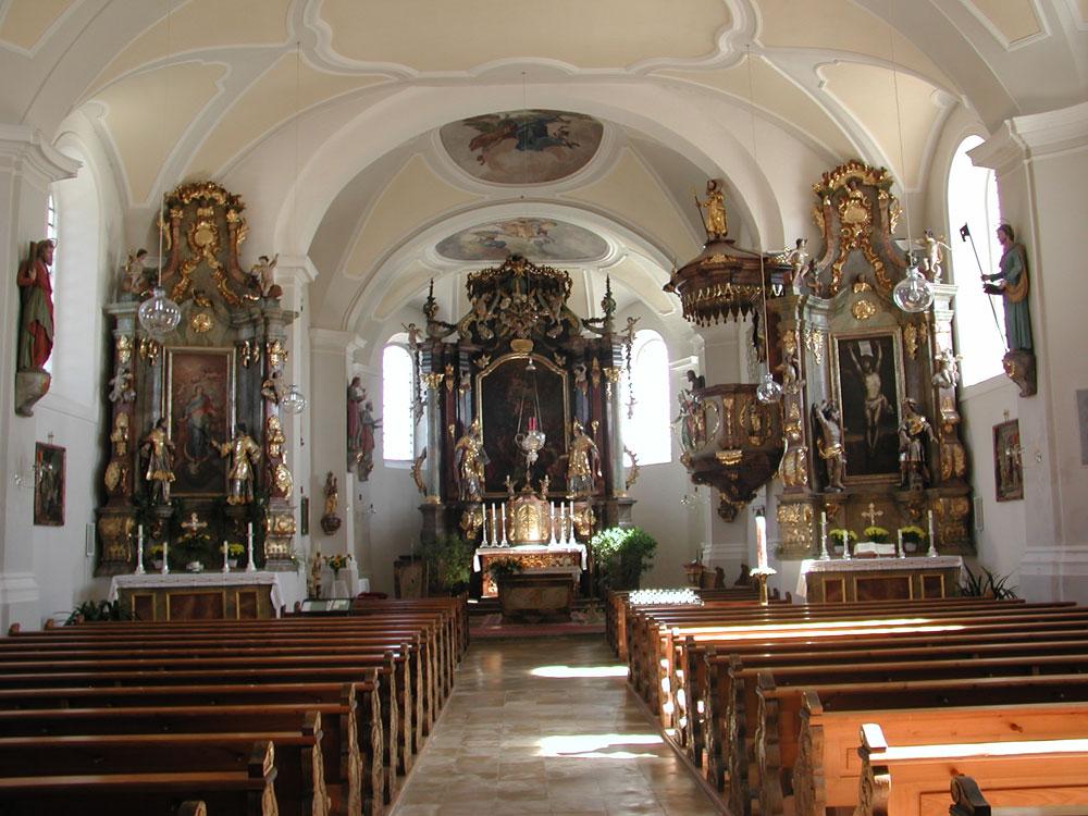 Kirche-Lalling_innen